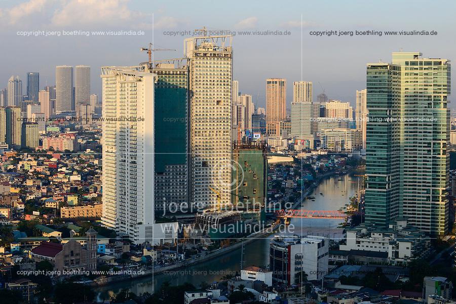 PHILIPPINES, Manila, suburban Makati, view to Pasig River, Mandaluyong City and skysrapers of Pasig City / PHILIPPINEN, Manila, Stadtteil Makati, Hochhaeuser, Fluss Pasig River, Blick zu Mandaluyong City und Pasig City