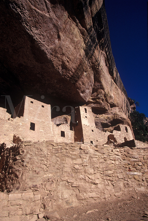 Native American Indian cliff dwelling, Mesa Verde, Colorado