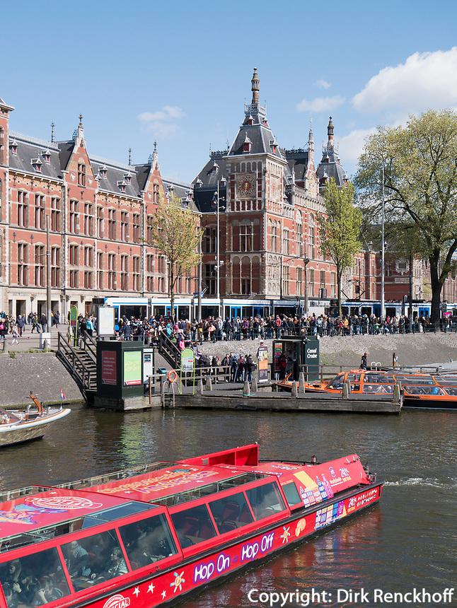 Hauptbahnof Amsterdam Centraal, Amsterdam, Provinz Nordholland, Niederlande<br /> Central Station Amsterdam Cenraal, Amsterdam, Province North Holland, Netherlands