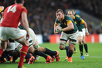Duane Vermeulen of South Africa breaks from the base of a scrum during Match 41 of the Rugby World Cup 2015 between South Africa and Wales - 17/10/2015 - Twickenham Stadium, London<br /> Mandatory Credit: Rob Munro/Stewart Communications