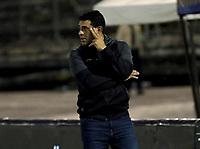 NEIVA-COLOMBIA, 16-08-2021: Francesco Stifano, tecnico de Aguilas Doradas Rionegro durante partido entre Atletico Huila y Aguilas Doradas Rionegro de la fecha 5 por la Liga BetPlay DIMAYOR II 2021 en el estadio Guillermo Plazas Alcid en la ciudad de Neiva. / Francesco Stifano, coach of Aguilas Doradas Rionegro during a match between Atletico Huila and Aguilas Doradas Rionegro of the 5th date for the BetPlay DIMAYOR II 2021 League at the Guillermo Plazas Alcid Stadium in Neiva city. / Photo: VizzorImage / Sergio Reyes / Cont.