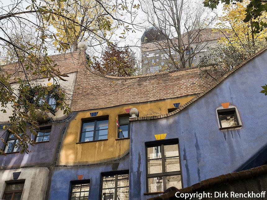 Wohnanlage Hundertwasserhaus Kegelgasse 34-38/Löengasse in Wien, Österreich<br /> Block of flats Hundertwasserhaus, Kegelgasse 34-38/Löwengasse, , Vienna, Austria