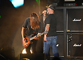WEST PALM BEACH, FL - AUGUST 05: Mike Mushok and Aaron Lewis of Staind perform at The iTHINK Financial Amphitheatre on August 5, 2021 in West Palm Beach Florida. Credit Larry Marano © 2021