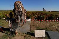 Vukovar / Croazia 2011.Monumento alle vittime del massacro di Ovcara nei pressi di Vukovar..Durante gli ultimi giorni dell'assedio (novembre 1991) furono rastrellati 265 civili croati e un serbo e portati in un ovile (ovcara) sottoposti a torture e poi trucidati dalle milizie paramilitari aggregate all'esercito jugoslavo. Dopo la guerra furono riesumati i corpi e oggi l'ovile è divenuto un museo...Foto Livio Senigalliesi..Ovcara / Vukovar / Croatia 2011.Ovara is a location near Vukovar, where 265 prisoners from the Vukovar hospital were massacred by Serbian forces on November 20, 1991..In the picture, the monument to remember the victims built near the massive grave..Photo Livio Senigalliesi