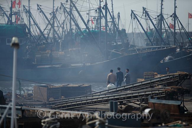 Fishing boats in the Daongagng boatyard. Chian. April.