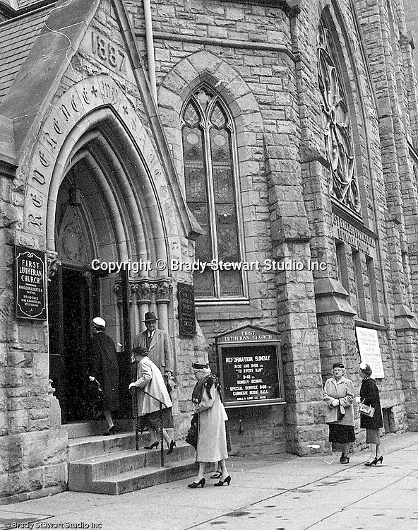 Pittsburgh PA:  View of Sunday Services at the First English Evangelical Lutheran Church in Pittsburgh.