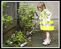 "25/07/2007       Copyright Pic: James Stewart.File Name : jspa05_denny.DENNY RESIDENTS ""BOLD"" LITTER COLLECTING GROUP......James Stewart Photo Agency 19 Carronlea Drive, Falkirk. FK2 8DN      Vat Reg No. 607 6932 25.Office     : +44 (0)1324 570906     .Mobile   : +44 (0)7721 416997.Fax         : +44 (0)1324 570906.E-mail  :  jim@jspa.co.uk.If you require further information then contact Jim Stewart on any of the numbers above........."