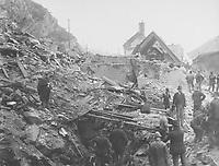 Quartier Cap-Blanc - Rue Champlain - Catastrophe The great rockslide of Quebec 1889<br /> <br /> PHOTO : studio Livernois