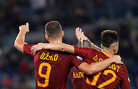 Calcio, Serie A: Roma vs Palermo. Roma, stadio Olimpico, 23 ottobre 2016.<br /> Roma's Edin Dzeko, left, celebrates with teammate Stephan El Shaarawy after scoring during the Italian Serie A football match between Roma and Palermo at Rome's Olympic stadium, 23 October 2016. Roma won 4-1.<br /> UPDATE IMAGES PRESS/Riccardo De Luca
