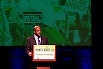 Van Jones inspires the crowd at Power Shift '09 (©Robert vanWaarden ALL RIGHTS RESERVED)