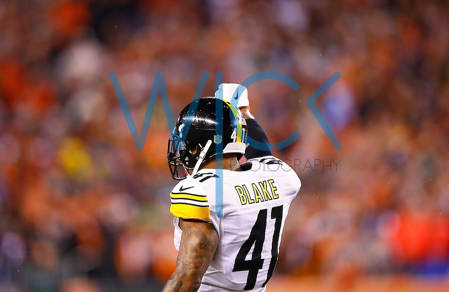 Antwon Blake #41 of the Pittsburgh Steelers in action against the Cincinnati Bengals during the Wild Card playoff game at Paul Brown Stadium on January 9, 2016 in Cincinnati, Ohio. (Photo by Jared Wickerham/DKPittsburghSports)