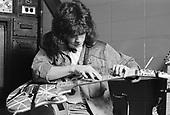 VAN HALEN, BACKSTAGE,1984, NEIL ZLOZOWER