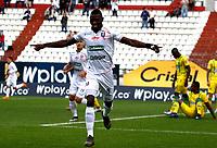 MANIZALES-COLOMBIA, 10-10-2019: Mender García de Once Caldas, celebra el gol anotado al Atlético Bucaramanga, durante partido de la fecha 16 entre Once Caldas y Atlético Bucaramanga, por la Liga de Águila II 2019 en el estadio Palogrande en la ciudad de Manizales. / Mender Garcia of Once Caldas, celebrates a scored goal to Atlético Bucaramanga, during a match of the 16th date between Once Caldas and Atletico Bucaramanga, for the Aguila Leguaje II 2019 at the Palogrande stadium in Manizales city. Photo: VizzorImage  / Santiago Osorio / Cont.