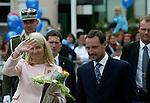 Foto: VidiPhoto..BERGEN - In het Noorse Bergen hebben de Noorse kroonprins Hakan en prinses Mette-Marit woensdag het bekende Noorse muziekfestival officieel geopend. Het Bergense festival is toonaangevend in Noorwegen op het gebied van klassieke muziek en trekt bezoekers uit het hele land.