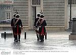 La lluvia cayendo sobre el Palacio Real el dia de la boda del principe Felipe de Borbon y Letizia Ortiz. Madrid, 22/05/04..Rain falling over Royal Palace the day of the wedding of Prince Felipe of Borbon and Letizia Ortiz.
