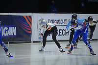 SPEEDSKATING: DORDRECHT: 05-03-2021, ISU World Short Track Speedskating Championships, QF 1500m Ladies, Ekaterina Efremenkova (RSU), Gina Jacobs (GER), ©photo Martin de Jong