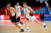 06-03-2021: Basketbal: Donar Groningen v ZZ Feyenoord: Groningen Donar speler Henry Caruso met Feyenoord speler Coen Stolk