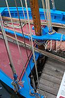 France, Bretagne, (29), Finistère, Brest:  Bergère de donrémy sloop coquiller de la rade de brest armé a la peche a la Saint-Jacques jusqu en 1976 , restauré au Chantier du Guip restauration et la construction de bateaux en bois : bateaux du patrimoine, //  France, Brittany, Finistere, Brest: Bergere of donrémy shelly sloop armed Brest harbor to fishing at the Saint- Jacques up in 1976, restored to Yard Guip restoration and construction of wooden boats: heritage boats,