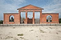 Ungheria, Budapest, Szoborpark, il cimitero delle statue sovietiche Hongrie, le cimetière de statues soviétiques<br /> Hungary, the cemetery of Soviet statues progettato nel 1993 dall'architetto  Eleod Akos junior