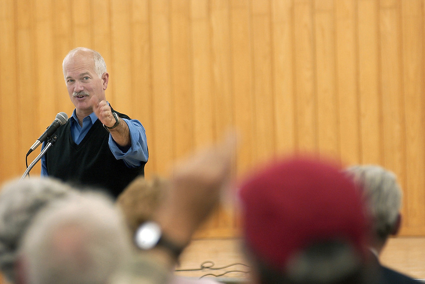 NDP leader Jack Layton takes a question from the audience during a peace forum in the basement of St. Andrews Church in Moose Jaw. MARK TAYLOR/Moose Jaw Times-Herald