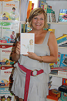 08-05-11 Kim Zimmer signs book I'm Just Saying'! at Watchung Booksellers, Montclair, NJ