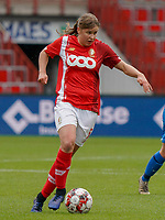 Standard's Aster Janssens (5) with the ball during a female soccer game between Standard Femina de Liege and KRC Genk Ladies  on the third matchday of the 2020 - 2021 season of Belgian Womens Super League , Saturday 3 rd of October 2020  in Liege , Belgium . PHOTO SPORTPIX.BE   SPP   SEVIL OKTEM