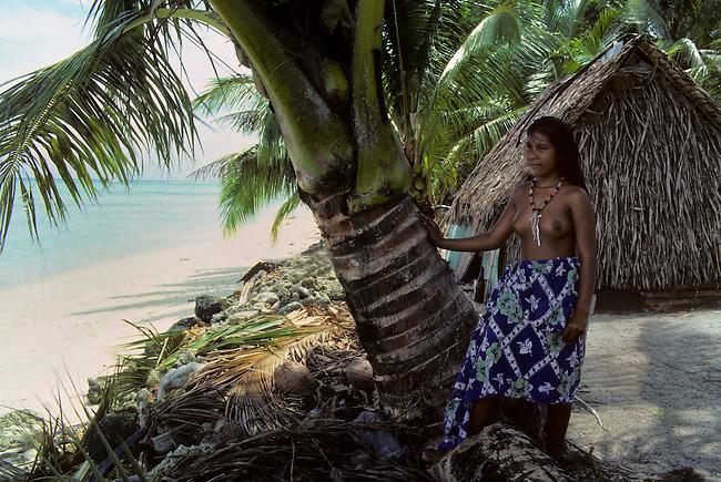 MICRONESIA, CAROLINE ISLS. PULAP ISLAND, NATIVE GIRL IN LAVA LAVA (TRADITIONAL DRESS)
