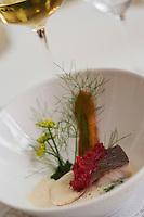 """Europe/Suisse/Jura Suisse/ Le Noirmont: Féra du lac de Neuchatel aux herbes  sauvages et jus au beurre noisette recette de Georges Wenger Hôtel-Restaurant de la Gare :""""Georges Wenger"""""""
