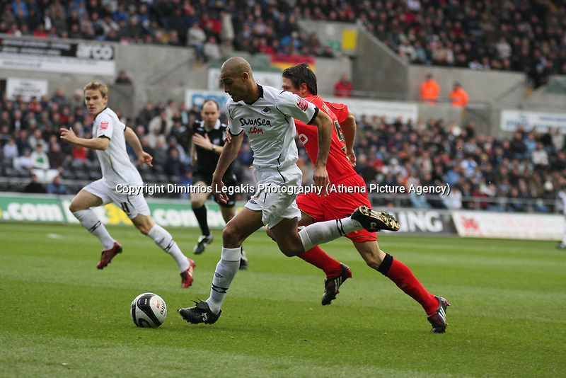 Pictured: Darren Pratley of Swansea City in action<br /> Re: Coca Cola Championship, Swansea City Football Club v Watford at the Liberty Stadium, Swansea, south Wales 09 November 2008.<br /> Picture by Dimitrios Legakis Photography (Athena Picture Agency), Swansea, 07815441513
