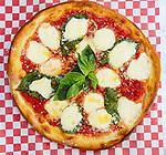 Vinnie's Pizzeria in Martinez where Sicily, Brooklyn and California converge.