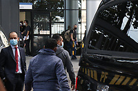 Campinas (SP), 11/05/2021 - Operação-SP - Movimentação na Polícia Federal de Campinas, interior de São Paulo. A Polícia Federal de Campinas deflagrou na manhã desta terça-feira (11) uma operação para apurar crimes contra o sistema financeiro nacional e de lavagem de dinheiro na ordem de R$ 2,5 bilhões. Segundo a corporação, a investigação, que resultou em 15 mandados de prisão e 70 mandados de busca e apreensão, expedidos pela Primeira Vara Federal de Campinas, foi iniciada há dois anos e contou com a atuação conjunta da Polícia Federal, Receita Federal e Ministério Público Federal.