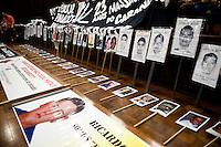 SÃO PAULO,SP, 02.10.2015 - PROTESTO-SP -Membros das Mães de Maio e diversos outros grupos de direitos-humanos promovem ato para lembrar o Massacre do Carandiru no Salão da Faculdade de Direito São Francisco no centro de São Paulo nessa sexta-feira 02. (Foto: Gabriel Soares/Brazil Photo Press)