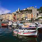 Italy, Liguria, Portovenere: Harbour at Golfo della Spezia | Italien, Ligurien, Portovenere: Hafen am Golf von La Spezia
