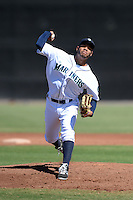 Seattle Mariners pitcher Jefferson Medina (32) during an Instructional League game against the Milwaukee Brewers on October 4, 2014 at Peoria Stadium Training Complex in Peoria, Arizona.  (Mike Janes/Four Seam Images)