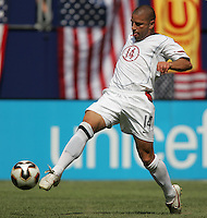 July 24, 2005: East Rutherford, NJ, USA:  USMNT defender Chris Armas (14) takes a first touch on the ball during the CONCACAF Gold Cup Finals at Giants Stadium.  The USMNT won 3-1 on penalty kicks.