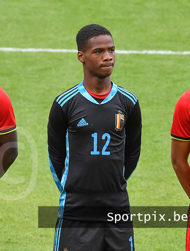 goalkeeper Matthieu Epolo (12) of Belgium pictured in action during a soccer game between the national teams Under17 Youth teams of  Norway and Belgium on day 3 in the Qualifying round in group 3 on Tuesday 12 th of October 2020  in Tubize , Belgium . PHOTO SPORTPIX | DAVID CATRY