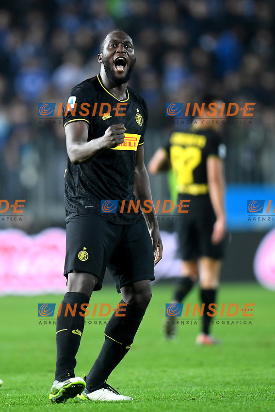 191030 -- BRESCIA, Oct. 30, 2019 Xinhua -- FC Inter s Romelu Lukaku celebrates his goal during a Serie A soccer match between Brescia and FC Inter in Brescia, Italy, Oct 29, 2019. Photo by Alberto Lingria/Xinhua SPITALY-BRESCIA-SOCCER-SERIE A-INTER MILAN VS BRESCIA PUBLICATIONxNOTxINxCHN<br /> Brescia 29-10-2019 Stadio Mario Rigamonti <br /> Football Serie A 2019/2020 <br /> Brescia - FC Internazionale <br /> Photo Alberto Lingria / Xinhua / Imago  / Insidefoto