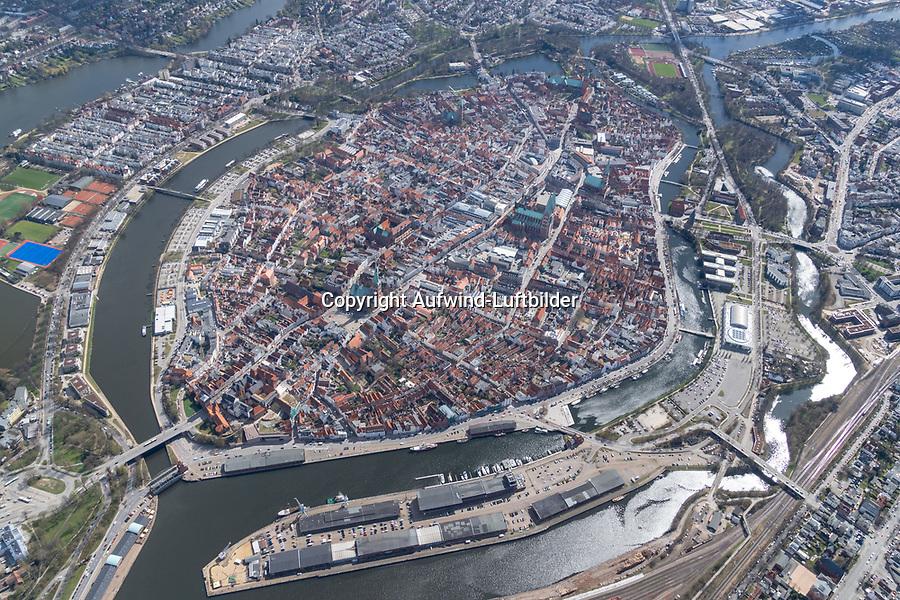 Lübeck, Stadtzentrum, Trave, <br /> Stadtbild, Architektur, Stadtplanung, Hansestadt, Luftbild