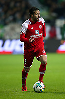 Football: Germany, 1. Bundesliga, SV Werder Bremen vs FSV Mainz 05, Bremen, 16.12.2017,<br /> Giulio Donati (2, 1. FSV Mainz 05) *** Local Caption *** <br /> Contact: +49-40-22 63 02 60 , info@pixathlon.de