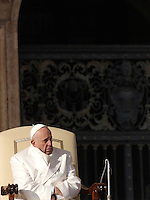 Papa Francesco tiene l'udienza generale del mercoledi' in Piazza San Pietro, Citta' del Vaticano, 30 dicembre 2015.<br /> Pope Francis attends his weekly general audience in St. Peter's Square at the Vatican, 30 December 2015.<br /> UPDATE IMAGES PRESS/Isabella Bonotto<br /> <br /> STRICTLY ONLY FOR EDITORIAL USE