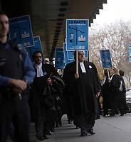 Plus de 200 procureurs et Les Procureurs de l'État québécois ont manifesté mardi 8 février 2011, au palais de justice de Montréal pour leur premier jour de grève. <br /> <br /> Photo : Agence Quebec Presse <br /> <br /> Montreal  (Quebec) CANADA - Monday, November 2011 File Photo - Quebec lawyer demonstration