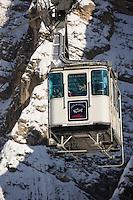 Europe/Italie/Vénétie/Dolomites/Cortina d'Ampezzo: le téléphérique pour le refuge de Faloria 2123 m