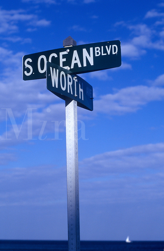 Intersection of Ocean Drive and worth Street. (Worth Street is the address of some of the extremely weathy residents of Palm Beach)