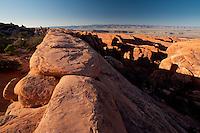 Rock Fin at Devils Garden, Arches National Park, Utah, US