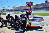Monster Energy NASCAR Cup Series<br /> GEICO 500<br /> Talladega Superspeedway, Talladega, AL USA<br /> Sunday 7 May 2017<br /> Erik Jones, Furniture Row Racing, ToyotaCare Toyota Camry, makes a pit stop<br /> World Copyright: John K Harrelson<br /> LAT Images<br /> ref: Digital Image 17TAL1jh_04939
