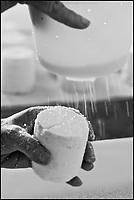 Europe/France/Poitou-Charentes/79/Deux-Sèvres/Villemain: Fromagerie à la ferme de Paul Gorgelet: Le Petit Boisselage -Salage des fromages