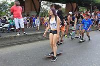 """MEDELLÍN - COLOMBIA, 01-03-2015. El 'Día sin Pantalones' se celebró hoy, 01 de marzo de 2015, por las calles de Medellín y fue liderada por un grupo de jóvenes que se inspiraron en el 'Día sin pantalones en el Metro' en Nueva York./ The ' Day without Pants' was celebrated today, March 01 of 2015,  through the streets of Medellin and was led by young group people who were inpired by """"No Pants Subway Raid"""" in New York.  Photo: VizzorImage/Leon Monsalve/STR"""