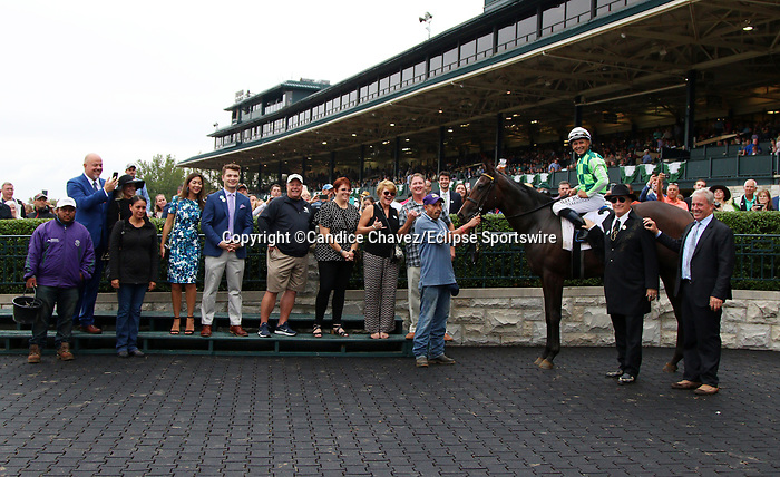 """October 06, 2019 : #2 Kimari and jockey Mike Smith win the 2nd running of the Indian Summer $200,000 """"Win and You're In Breeders' Cup Juvenile Turf Sprint Division"""" for owner Ten Broeck Farm and trainer Wesley Ward at Keeneland Racecourse in Lexington, KY on October 06, 2019.  Candice Chavez/ESW/CSM"""