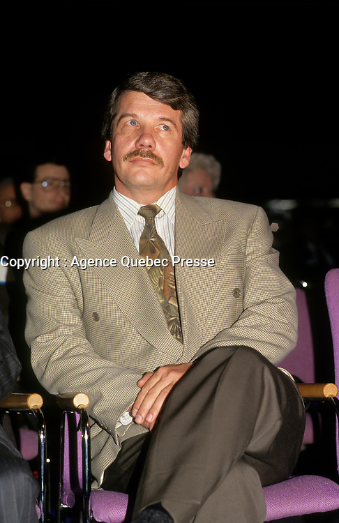 Le chef du RCM Jean Dore, et maire de Montreal, au congres de l'UMQ (vers 1993)<br /> <br /> PHOTO D'ARCHIVE : Agence Quebec Presse