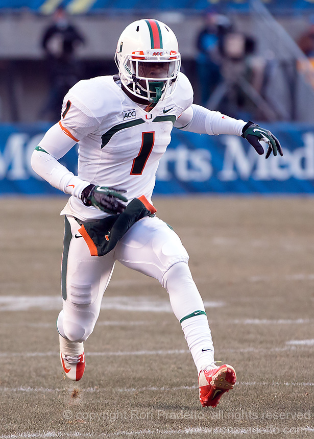 Miami wide receiver Allen Hurns. The Miami Hurricanes defeated the Pitt Panthers 41-31 at Heinz Field, Pittsburgh, Pennsylvania on November 29, 2013.